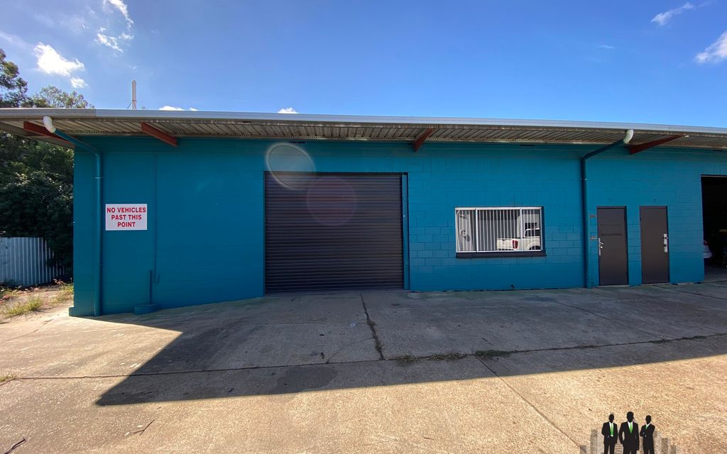 Warehouse & Hardstand Opportunity