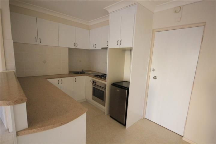 BEST LOCATION IN SOUTH PERTH!! MUST SEE