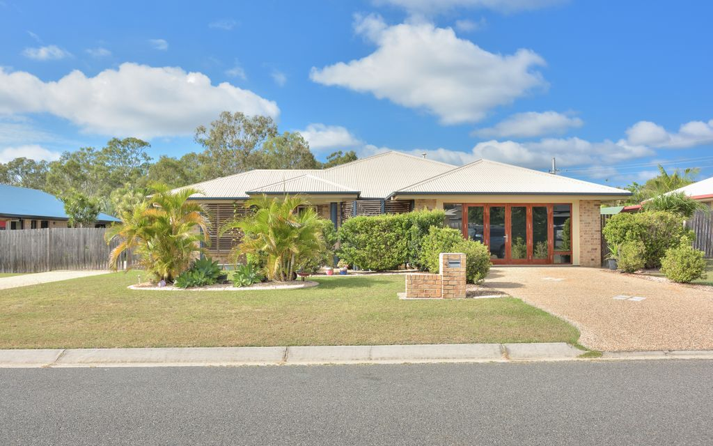 It's got the lot… Pool, Solar, Shed & Side access!