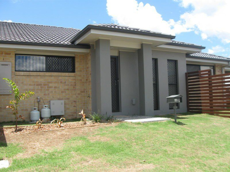 Affordable 2 Bedroom Unit- walk to water park and shops