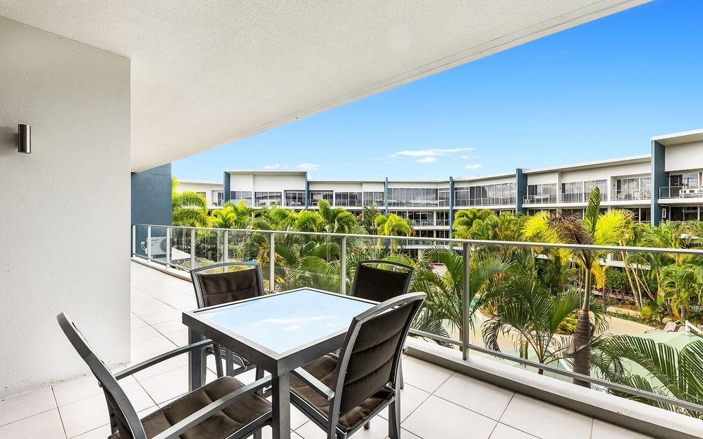 Exceptional Value!  Fully Furnished 2 Bedroom Unit In Azzura Greens