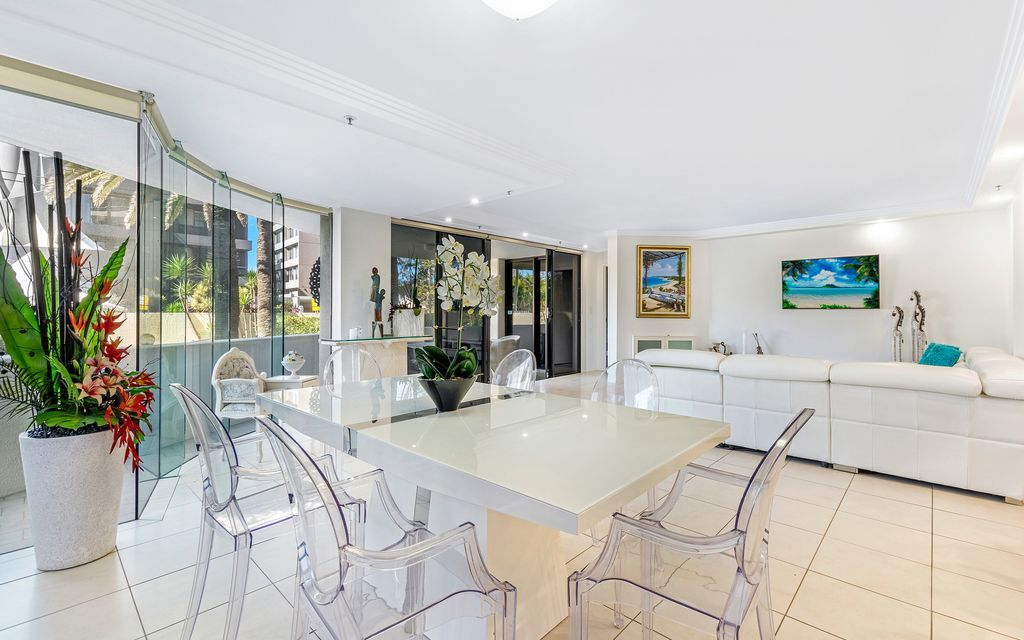 HOME AND INCOME IN FANTASTIC BEACHSIDE LOCATION UNIQUE NORTH EAST FACING SPACIOUS and PRIVATE GARDEN APARTMENT  WITH MANAGEMENT RIGHTS
