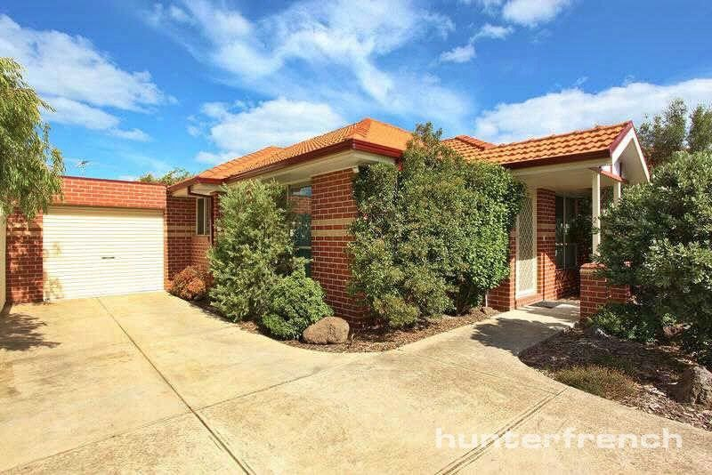 PRIVATELY LOCATED 2 BED UNIT