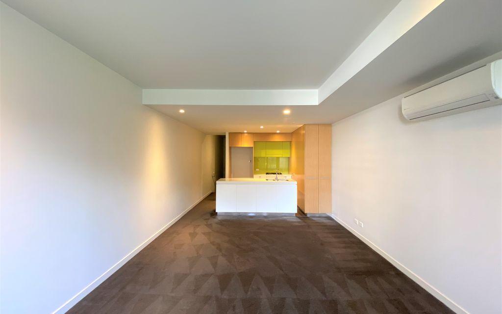 "Split level 3 bedrooms apartment in ""Divercity"""