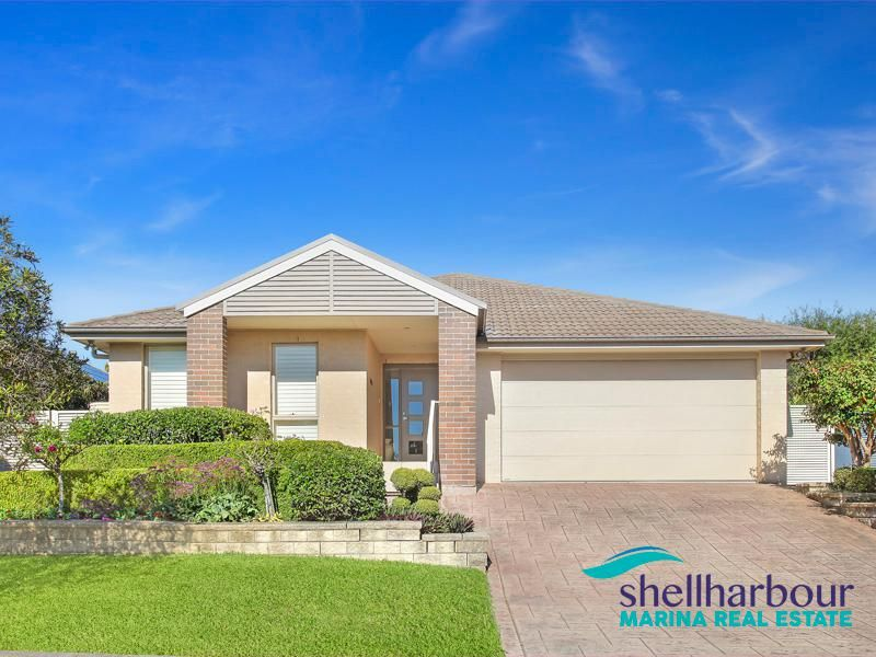 Sophisticated Single Level Home Moments from Marina & Beaches