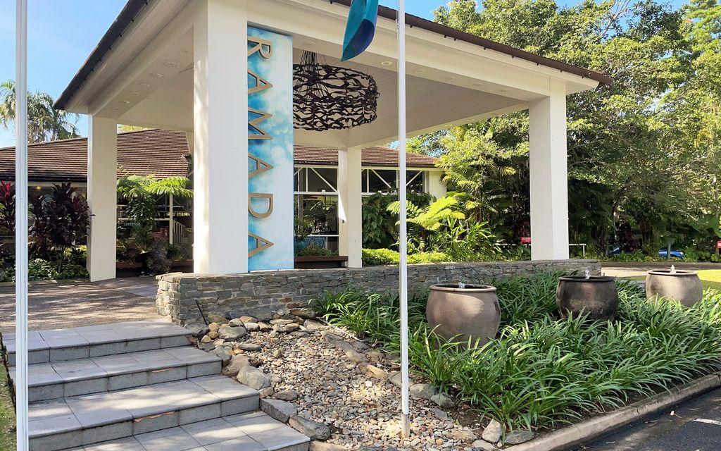 TROPICAL STUDIO IN RAMADA – GROUND FLOOR WITH TERRACE