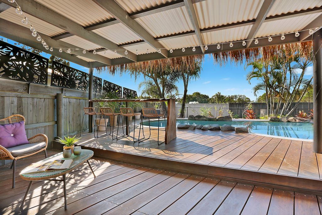 Resort style family retreat with pool and large shed