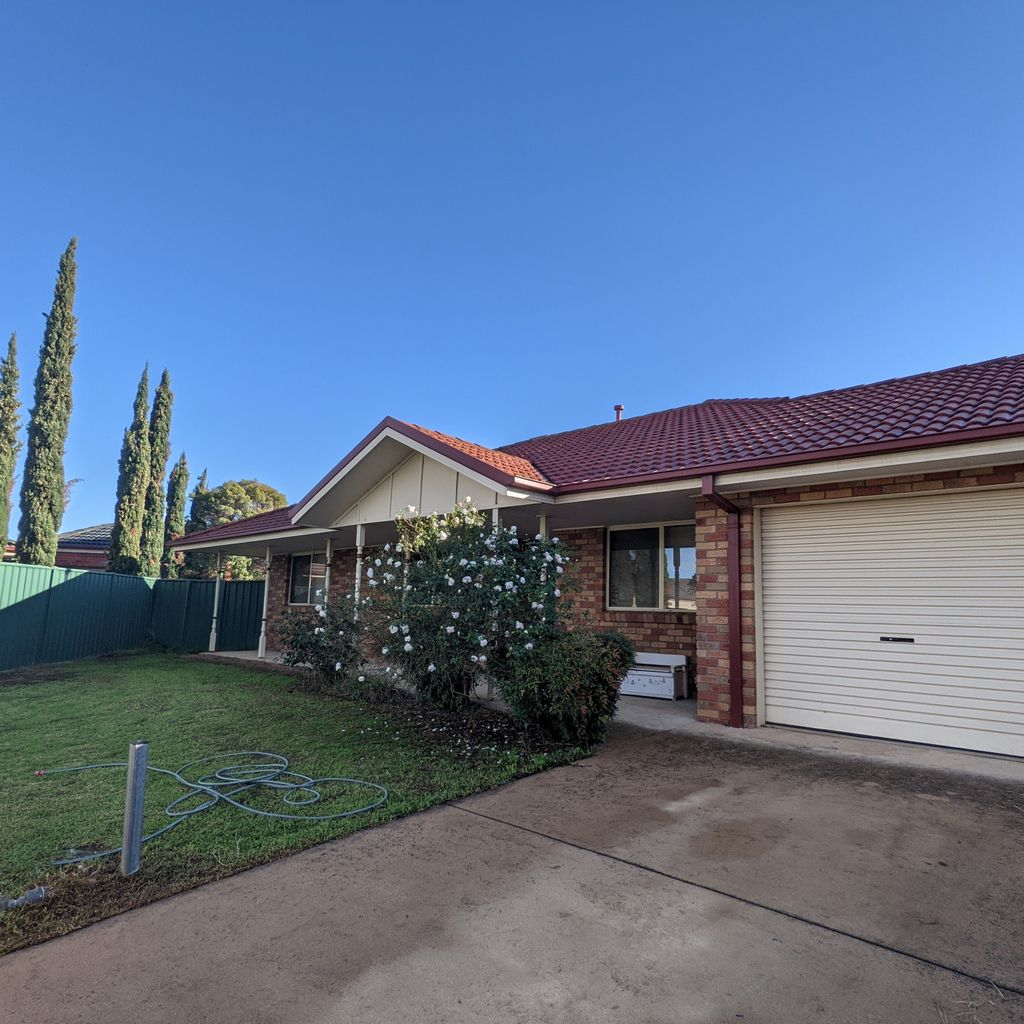 Lovely 4 Bedroom Home with Large Yard