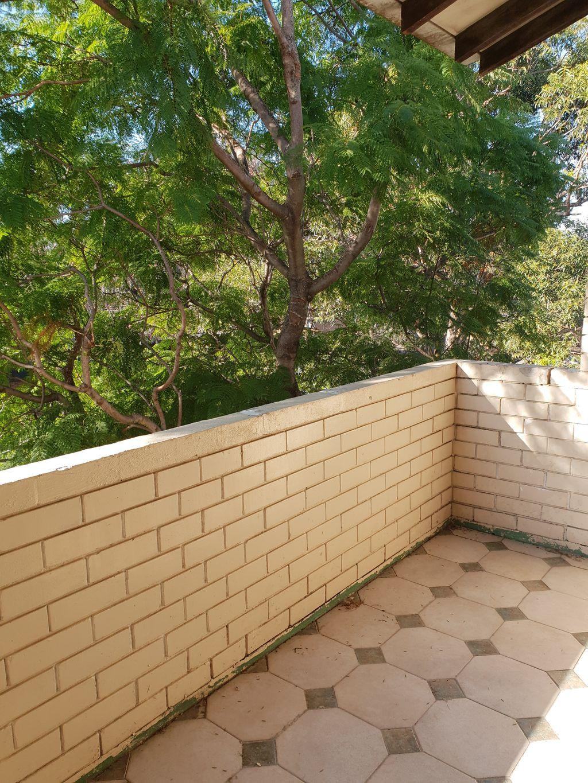 One week rent free – Tiled Floors