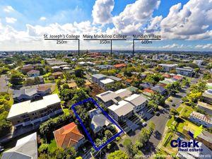 Stunning 3 Bedroom Queenslander with Potential for Development