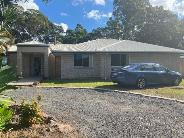 LARGE FAMILY HOME MAROOCHY RIVER – Get in quick!