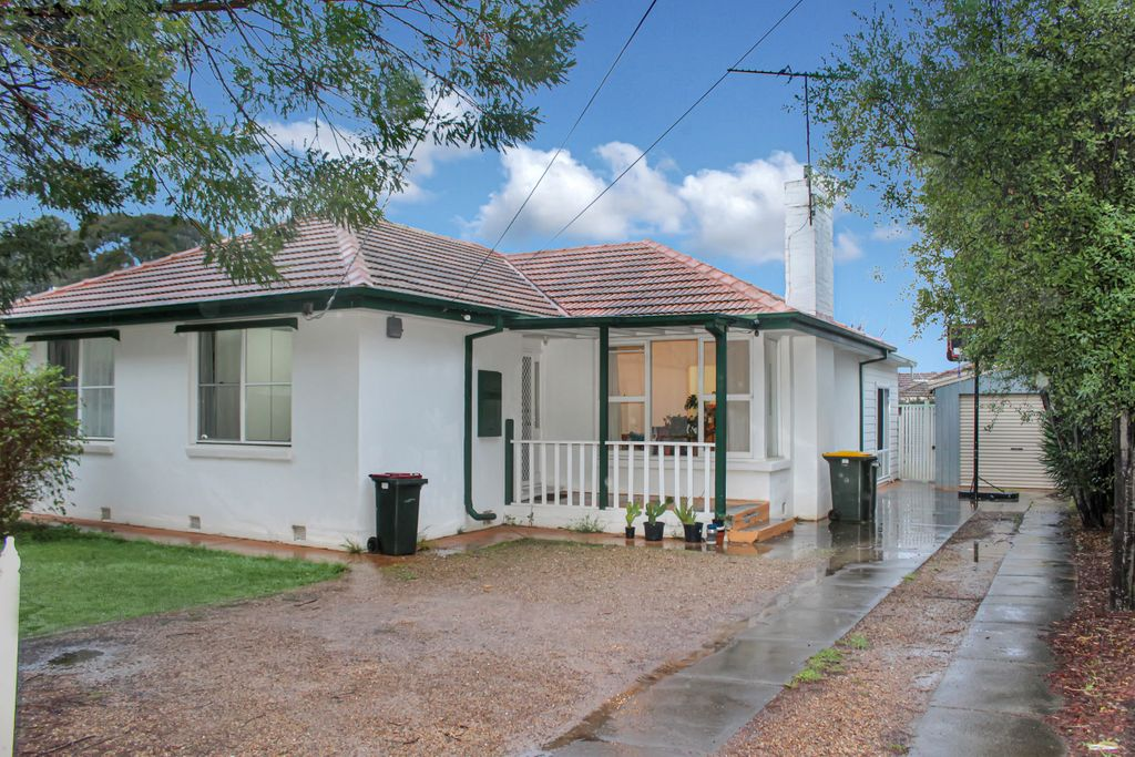 Central & Convenient Three Bedroom Family Home