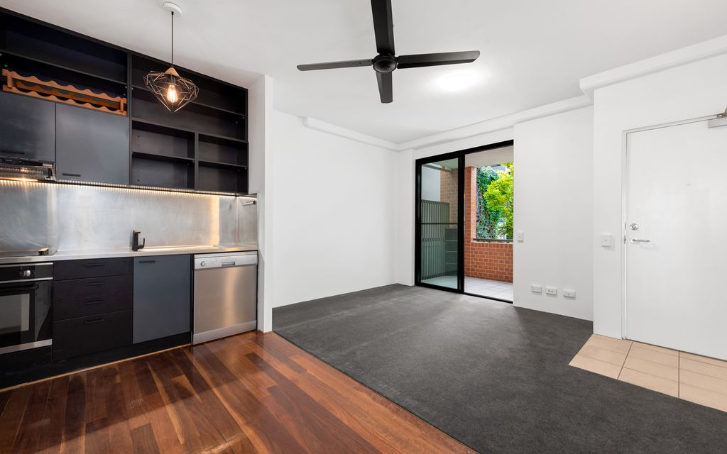 STUNNING ONE BEDROOM APARTMENT – THE CANNERY