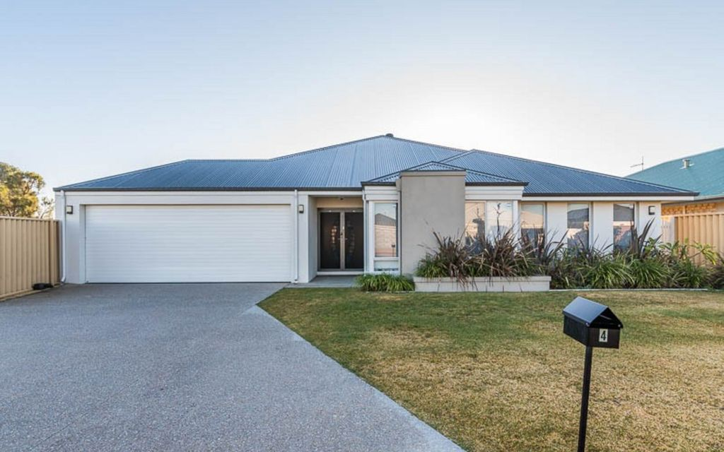Fantastic Family Home With The Lot!