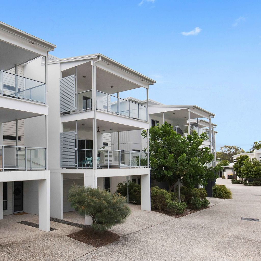 Exclusive & Expansive Townhome Living