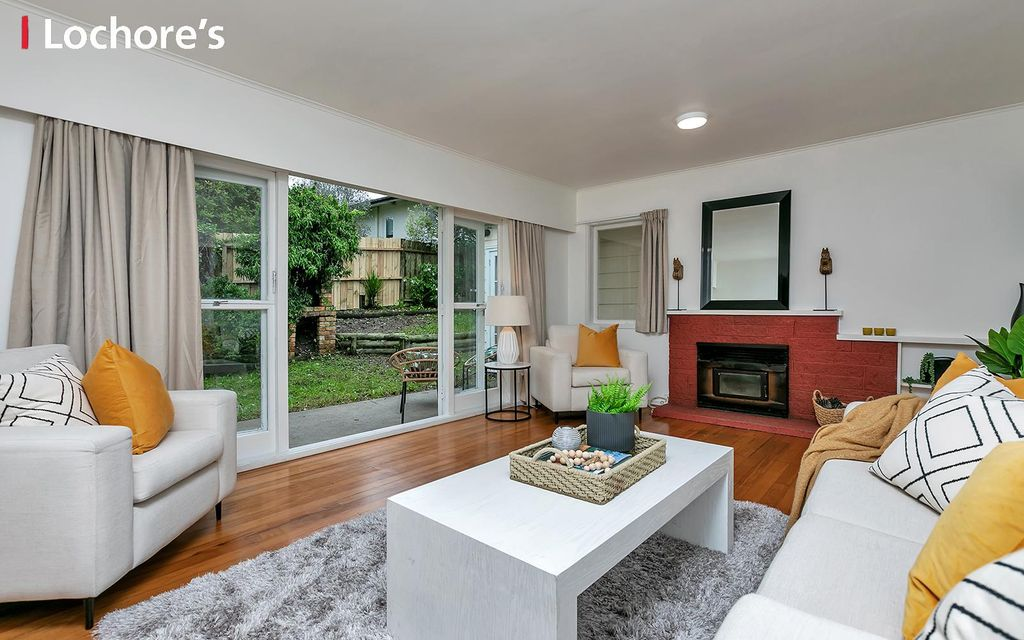 SEIZE THE KIWI DREAM. 5 BEDROOMS ON FLAT 1/4 ACRE