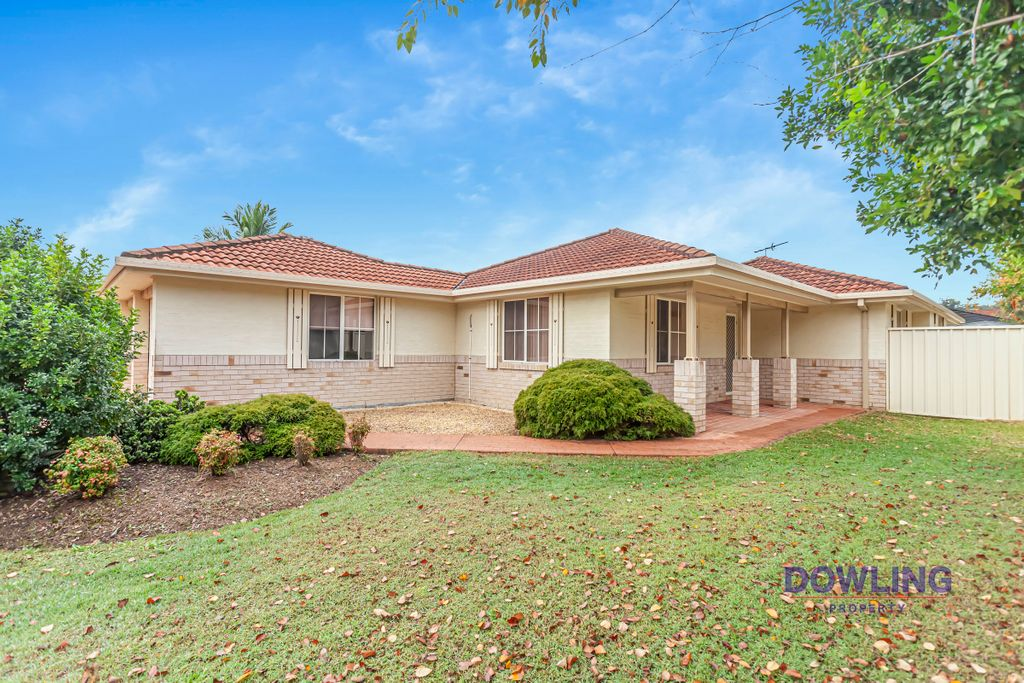 APPLICATIONS ACCEPTED PRIOR TO VIEWING- 3 Bedrooms, 2 Bathrooms with a Double Garage!