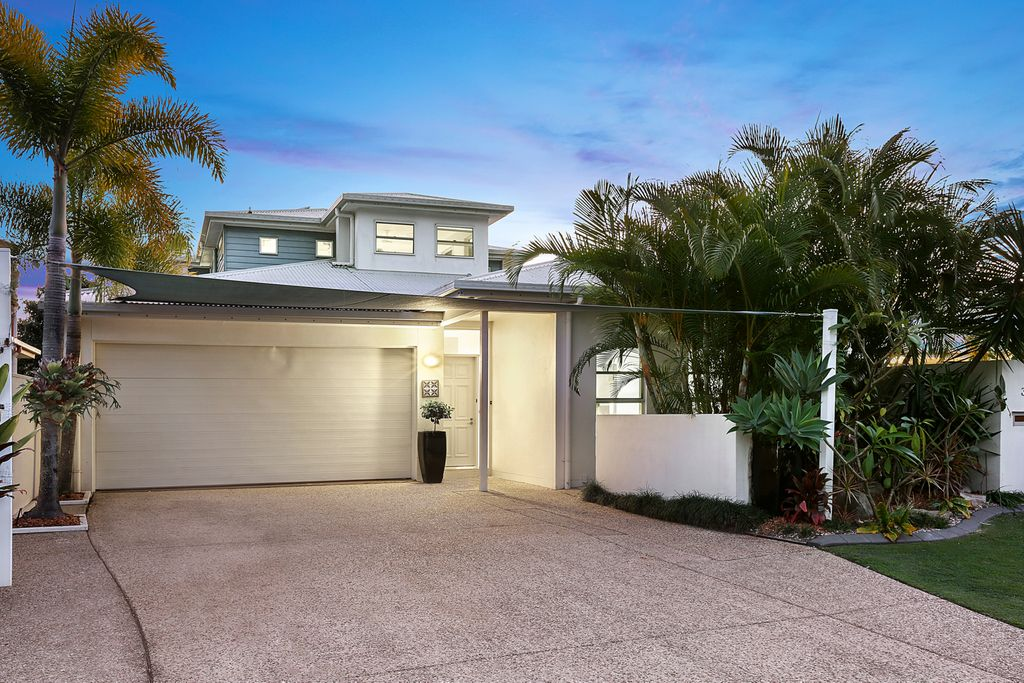 Serenity and style at this quality Peregian Springs home