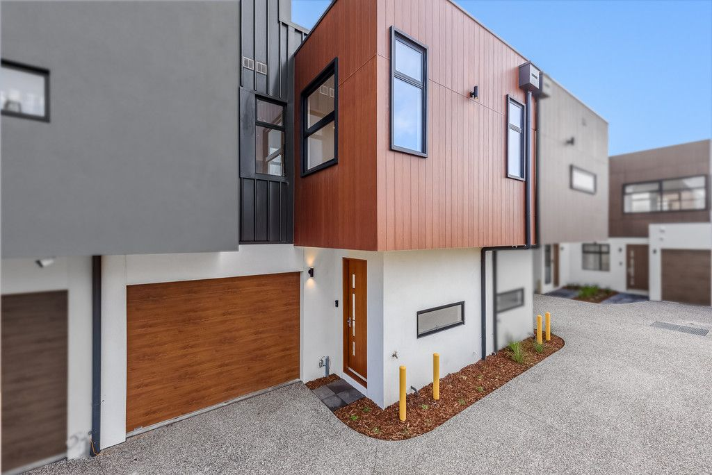 Brand New, High Quality And Luxury Townhouse