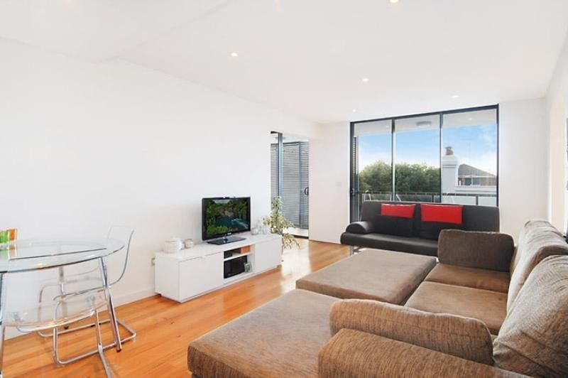 LOVELY ONE BEDROOM APARTMENT IN EXCELLENT LOCATION