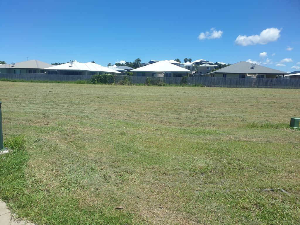 Last Vacant lot available in stage 5 Avalon Estate!