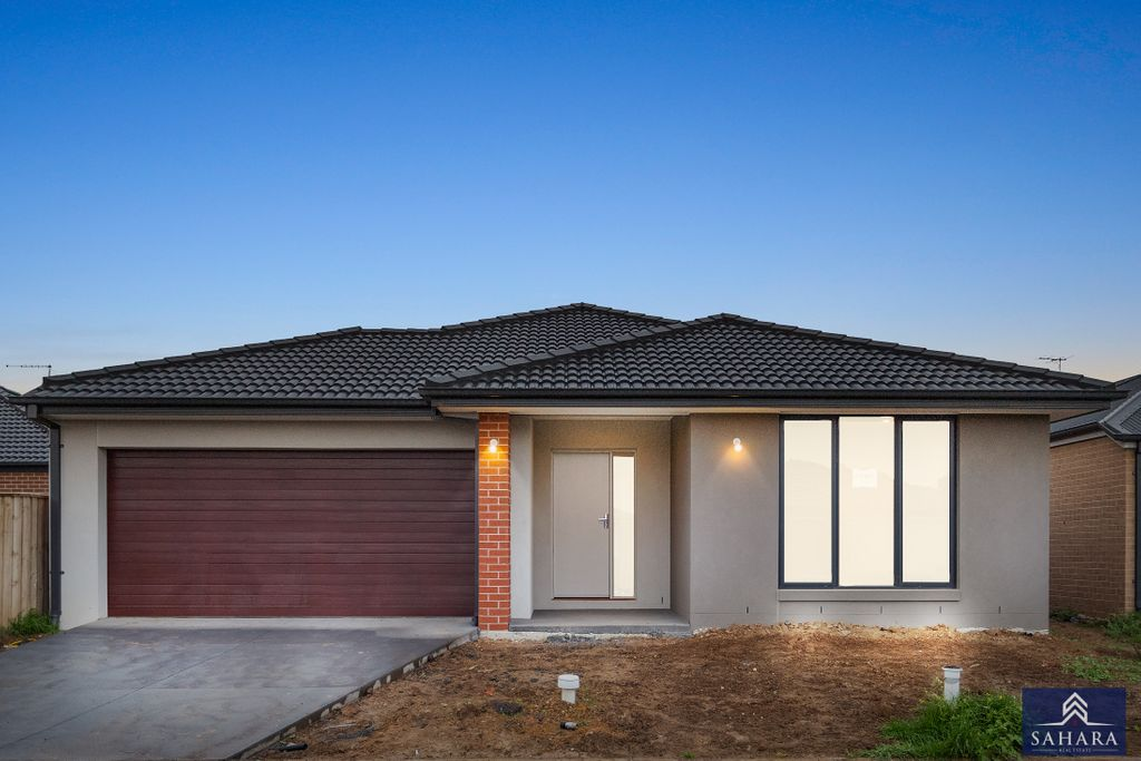 5 Bed, 2 Masters, North facing, In the Zone…!