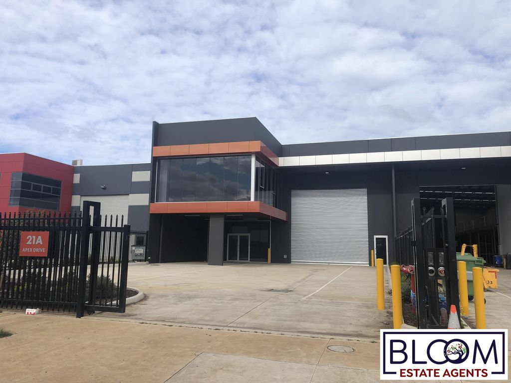 Individual Warehouse on Prime Location