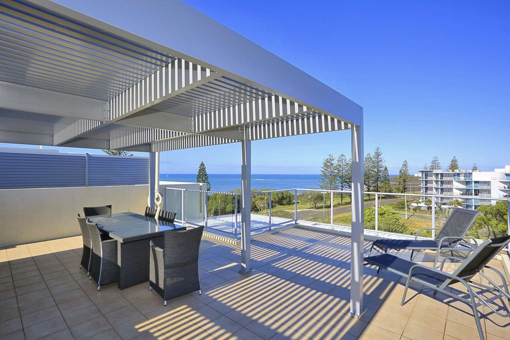 FOURTH FLOOR UNIT OPPORTUNITY WITH VIEWS NOT TO BE MISSED – A MUST INSPECT