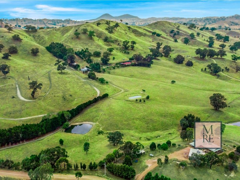 COUNTRY LIVING DOWN ON THE FARM-102 ACRES – 41.23 HA