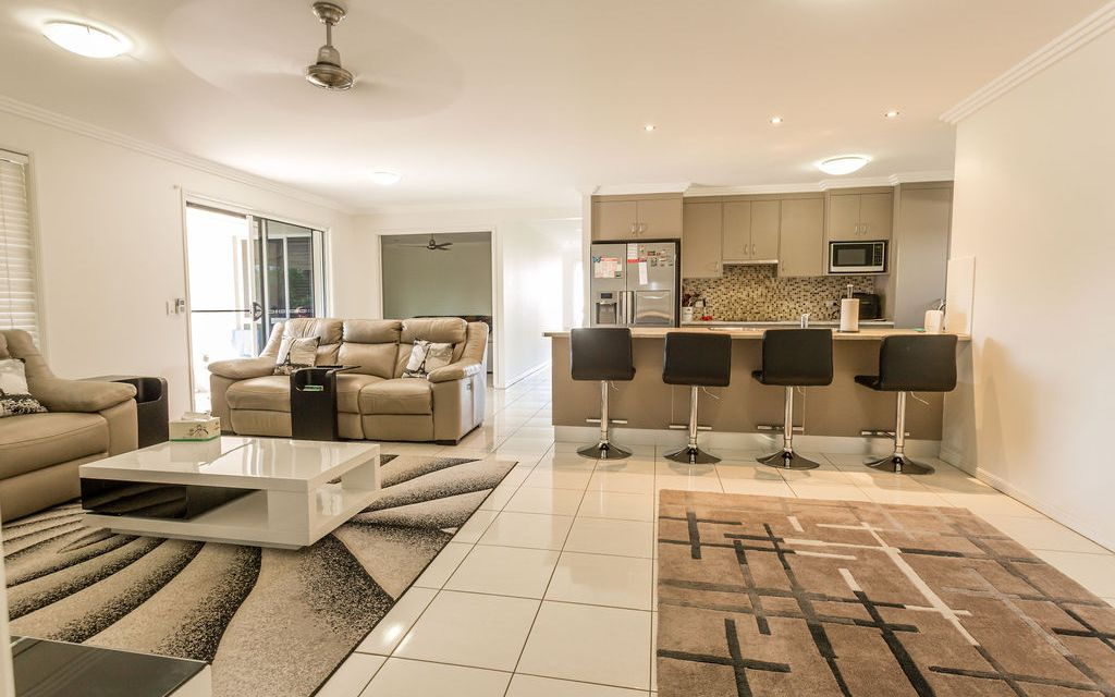Fantastic Layout and Space!!
