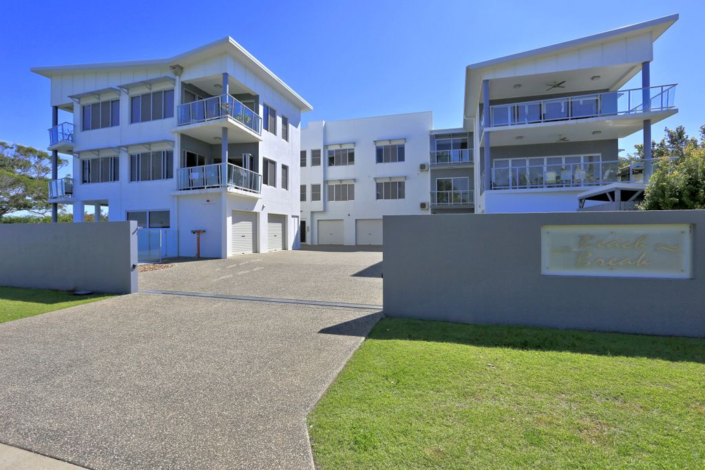 THREE BEDROOM HOME UNIT – PRIVATE LOCATION WITH RURAL OUTLOOK