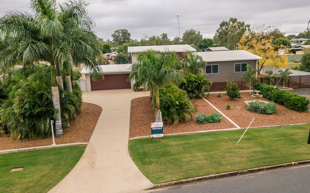 Ultimate Family Home on 3008m2 Block