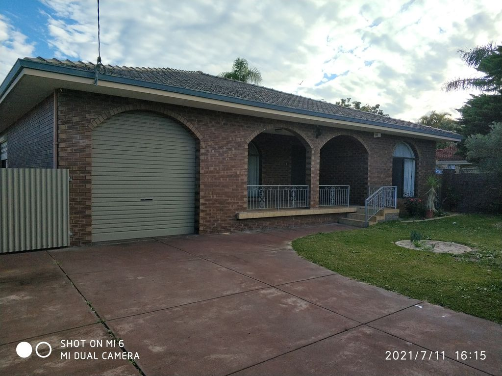 LARGE FAMILY HOME IN A GREAT LOCATION