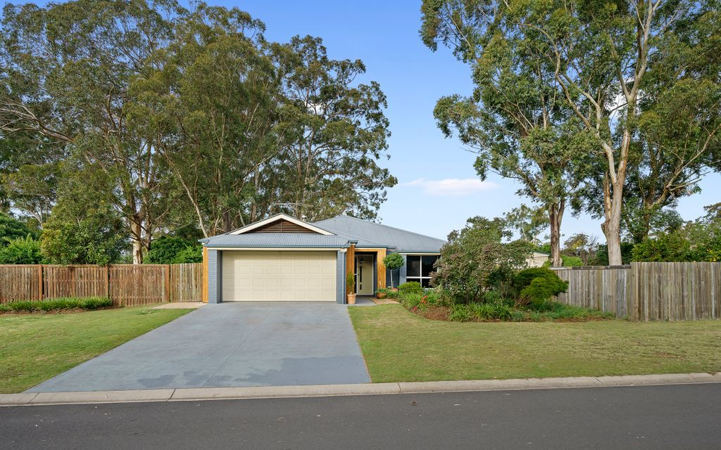 Escape To The Country ++ Triple Bay Shed