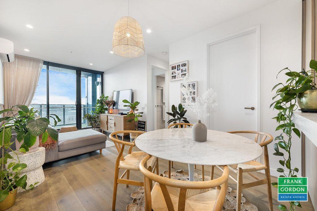 Luxiourous 2 Bedroom Apartment