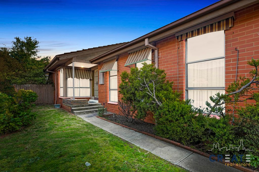 DON'T MISS THIS APPEALING HOME IN CONVENIENT LOCATION