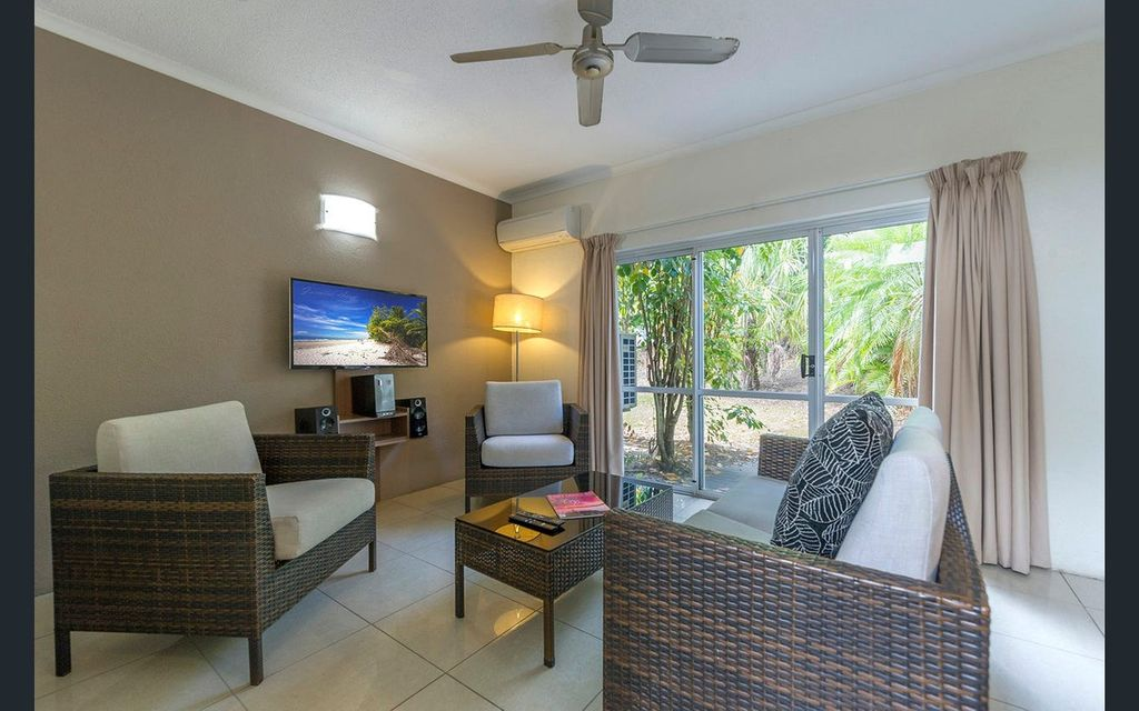 SPACIOUS TWO BEDROOM/TWO BATH VILLA IN A RESORT LIVING OR INVESTMENT