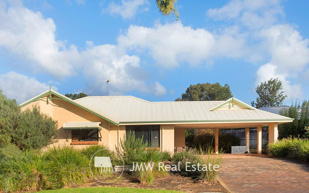 INVESTMENT / WEEKENDER OR IDEAL FIRST HOME