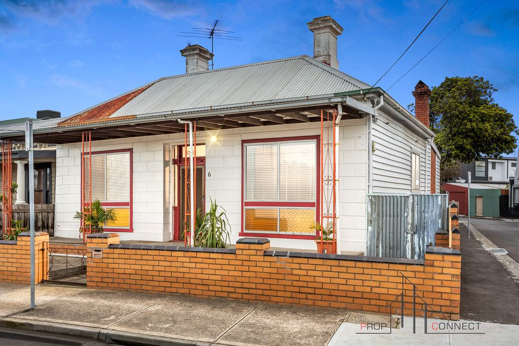 Charming Classic Inner-city Opportunity  Auction 21/08/2021 At 1:00  $1.4M to $1.5M