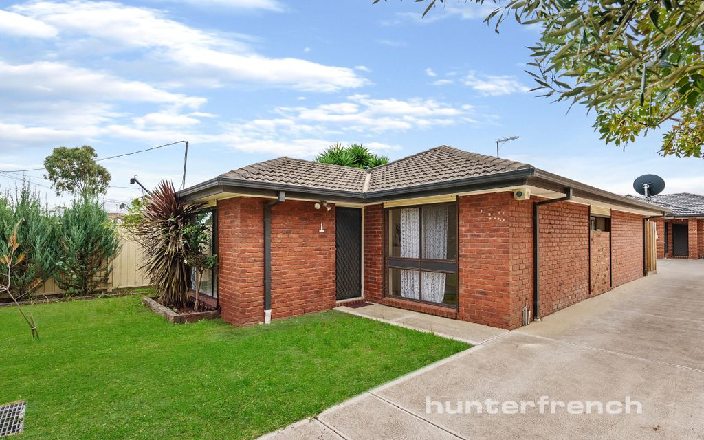 SPACIOUS AND CLEAN 3 BEDDER!