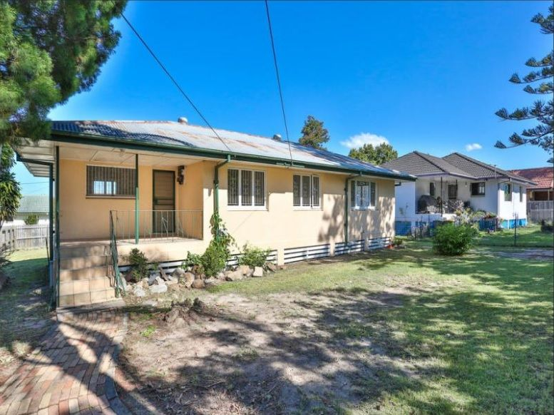 A House plus a Granny Flat – Totally 6 bedrooms