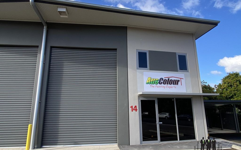 Front of Complex Warehouse with Mezzanine Office