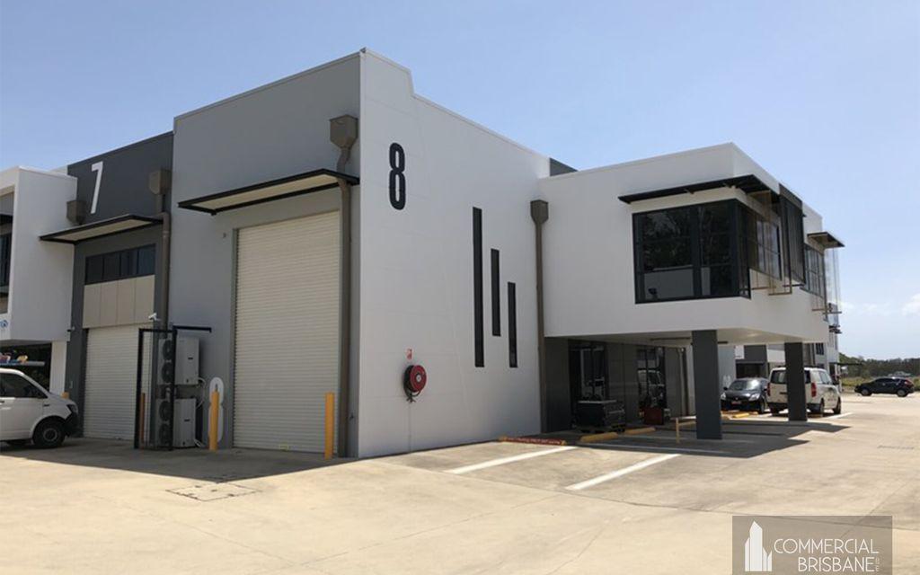 Prime Gateway Location – Office/Warehouse – 144 m2