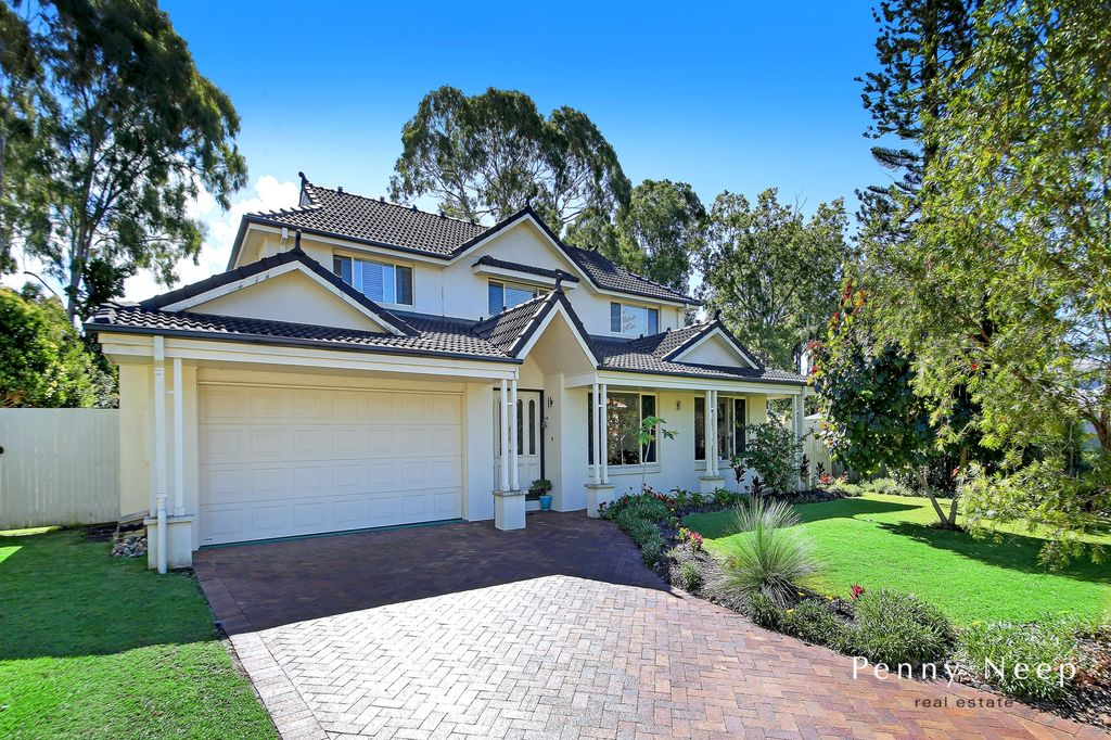 Noosa Waters – Great Family Home