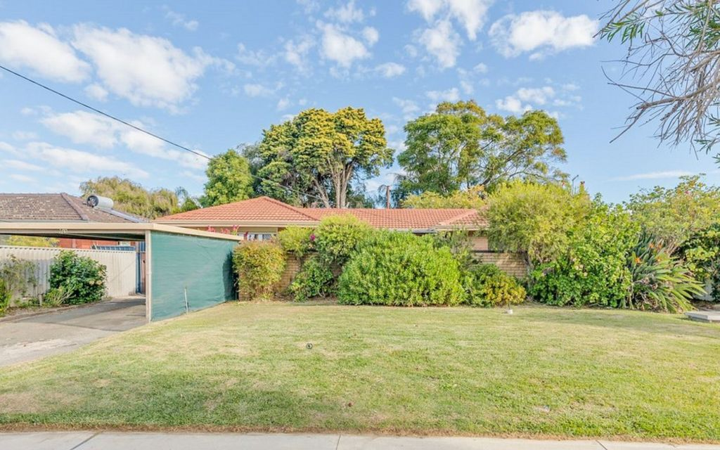 Lovely Family home with convenience location!
