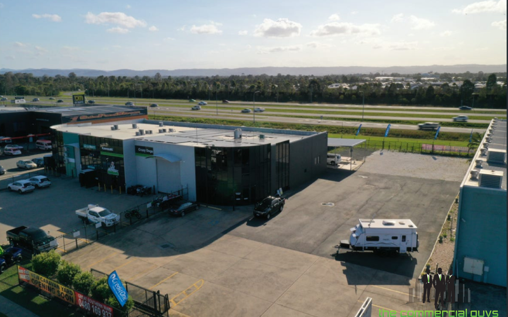 Display Yard With Bruce Highway Frontage