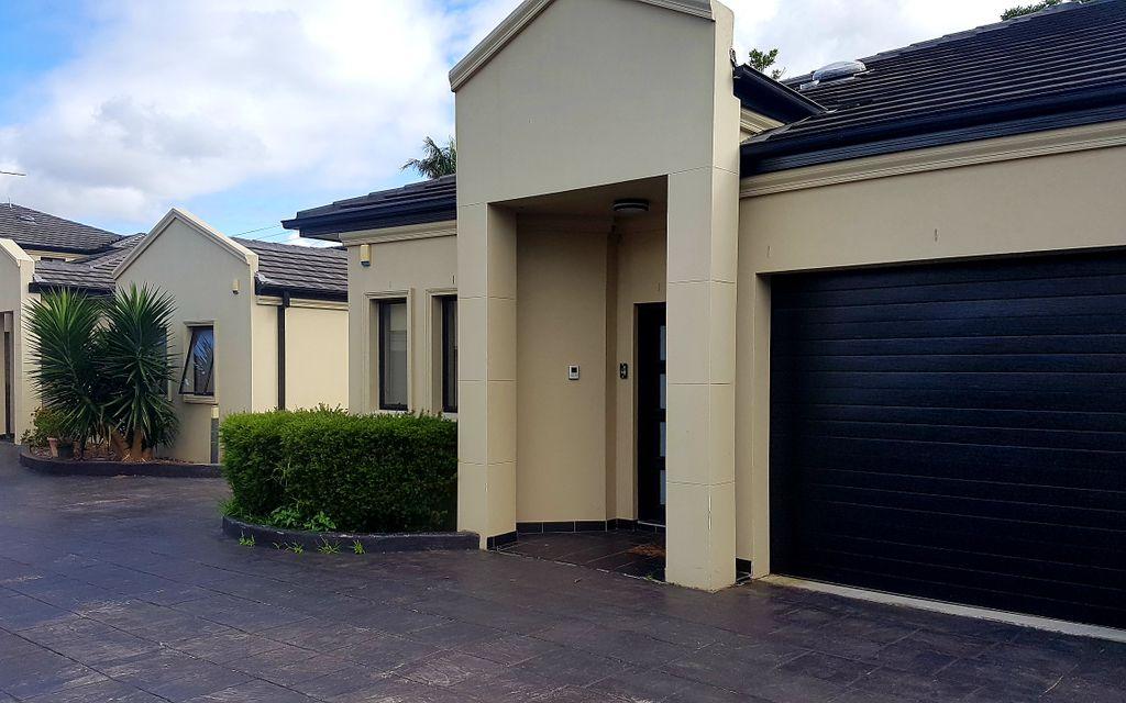 2 Bedroom Luxury Villa in Small Complex