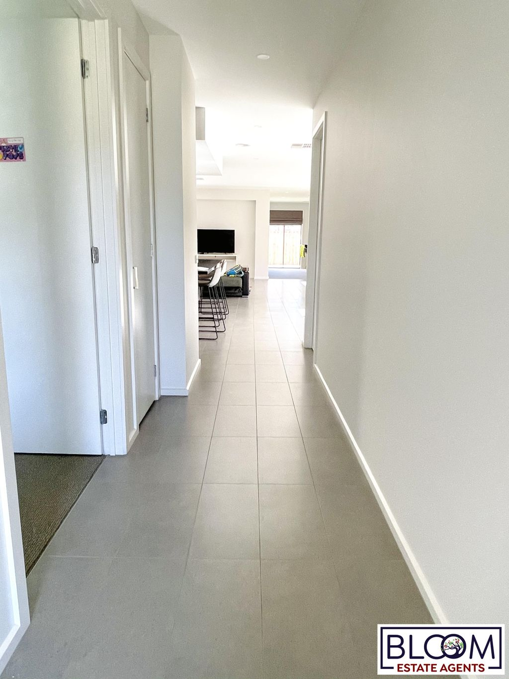 Unique modern House for rent in the heart of Truganina!