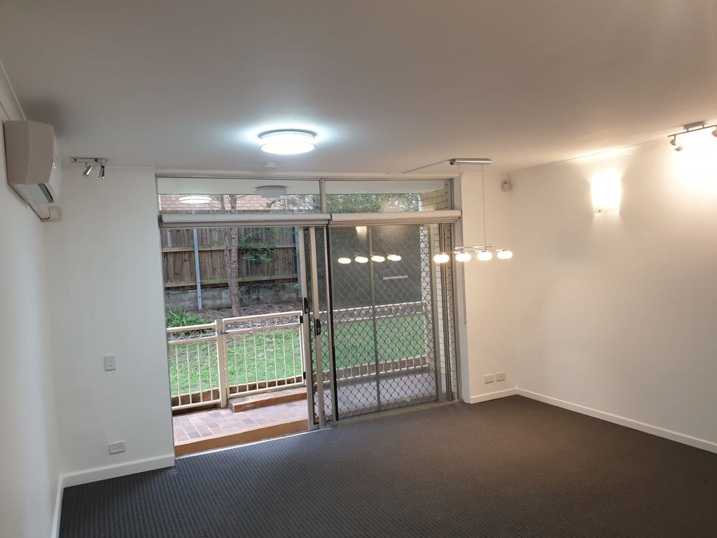 LOCATION LOCATION LOCATION- CENTRALLY LOCATED IN THE HEART OF INDOOROOPILLY