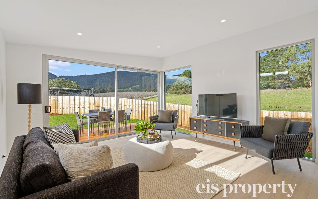 Choice of 3 Stunning Townhouses